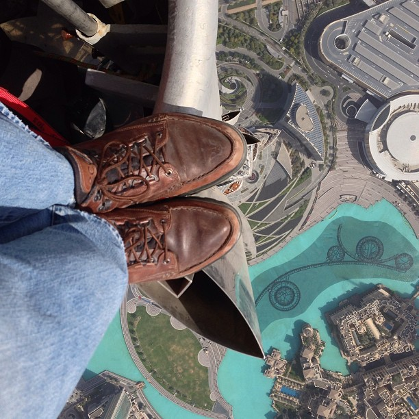 Joe McNally Atop the Burj Khalifa, the tallest manmade structure in the world.